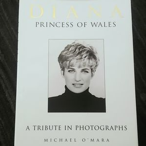 DIANA PRINCESS OF WALES Coffee Table Book